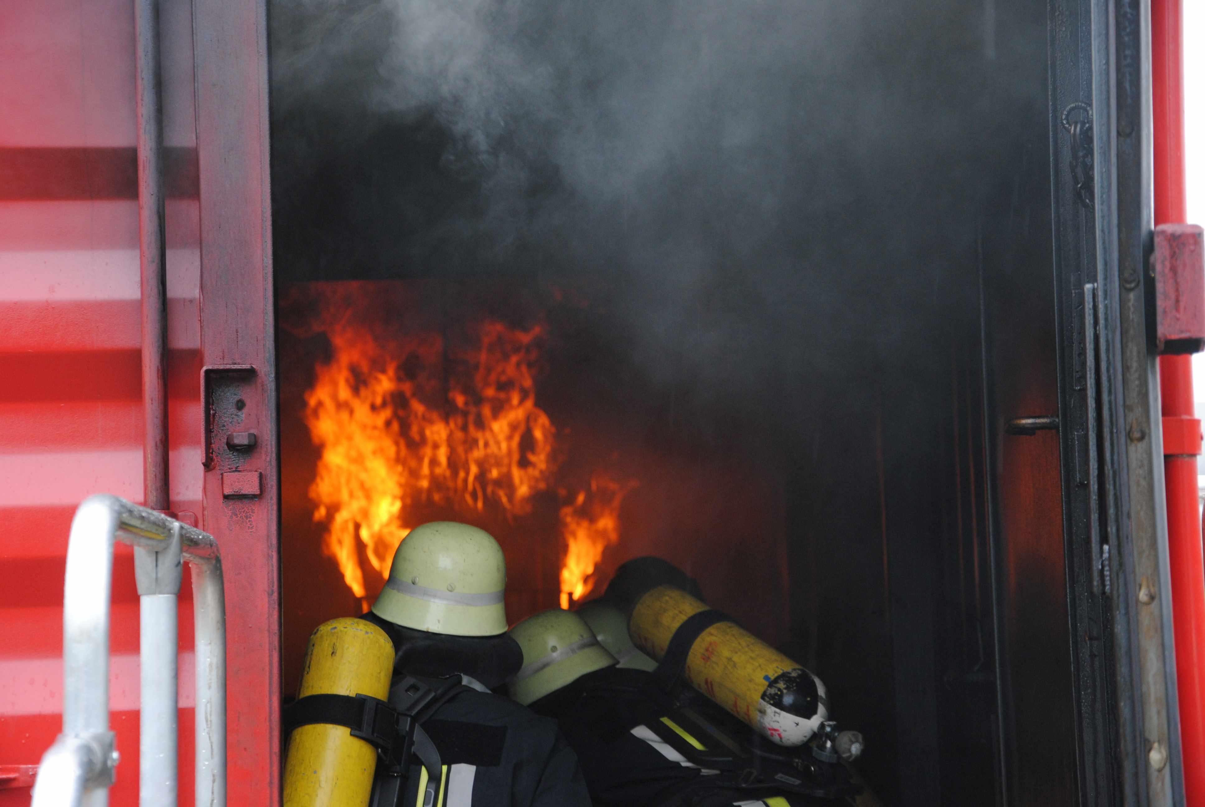 Klettergurt Feuerwehr : Freiwillige feuerwehr wendelstein fachgruppen